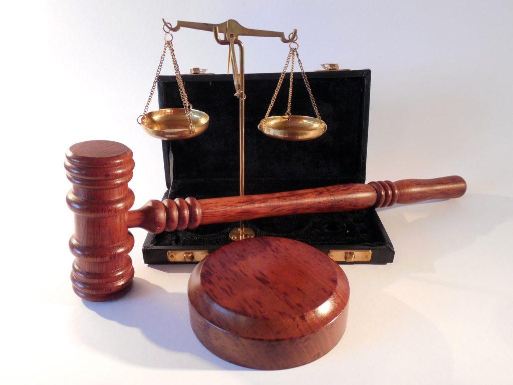 Sospensione dei termini processuali e operatività rispetto alla materia lavoristica e ai licenziamenti